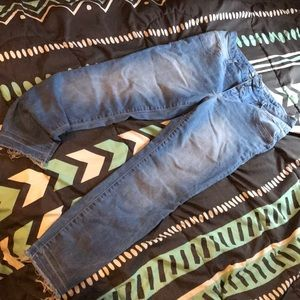 Size 15 juniors skinny high rise (never worn)